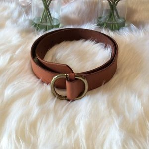 GAP Round Buckle Tan Belt